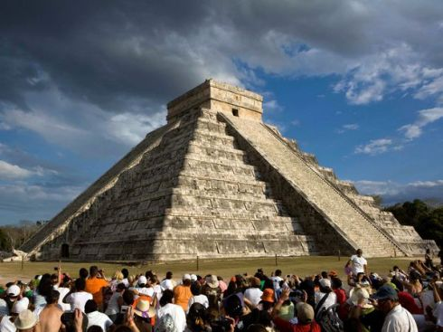 kukulkan-pyramid-in-chichen-itza_28011_600x450