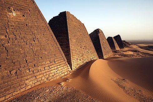 pyramids-of-meroe