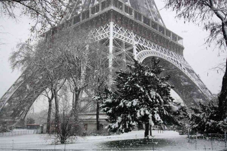 Paris-in-Winter-740x493